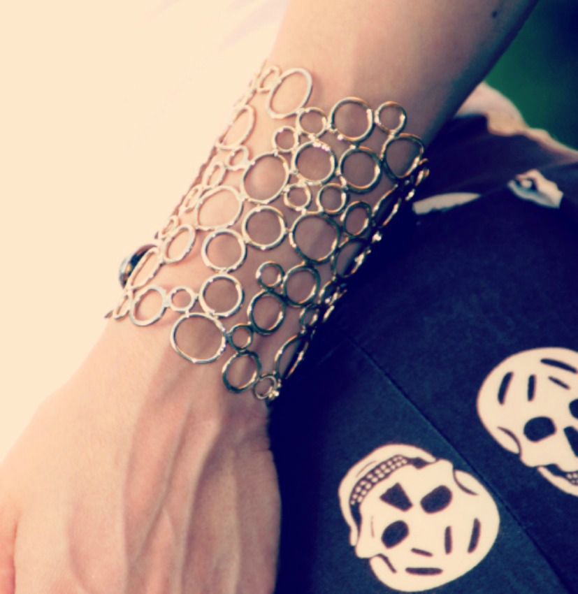 STEFANEL CUFF Skulls are in my heart