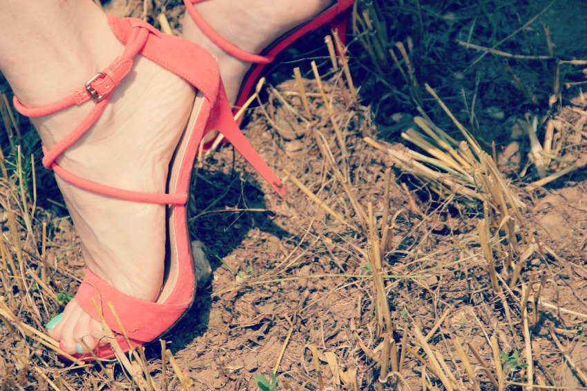 ZARA CORAL SANDALS Fields of gold