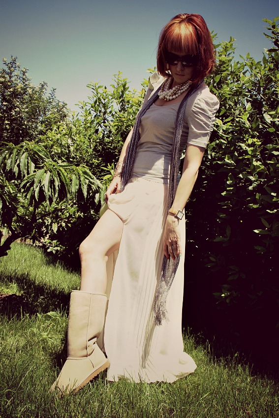 UGG BOOTS ZARA MAXI SKIRT Best of: June outfits