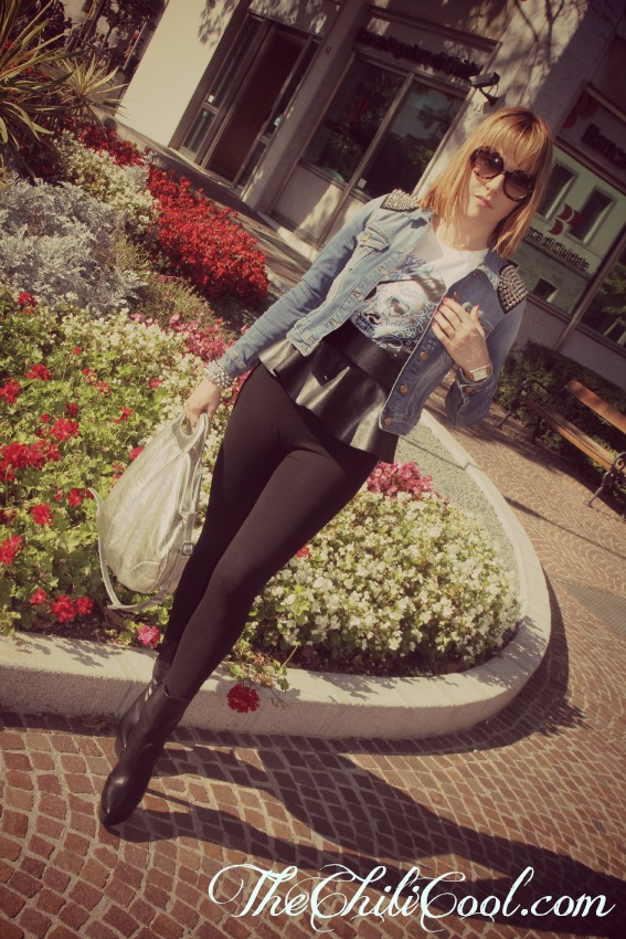 OUTFIT GIACCA DENIM SKINNY NERI Denim and black