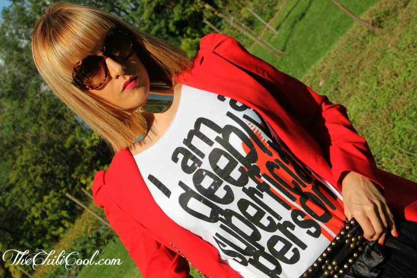 alessia milanese,thechilicool,fashion blog,fashion blogger, red and studs, chanel 2.55