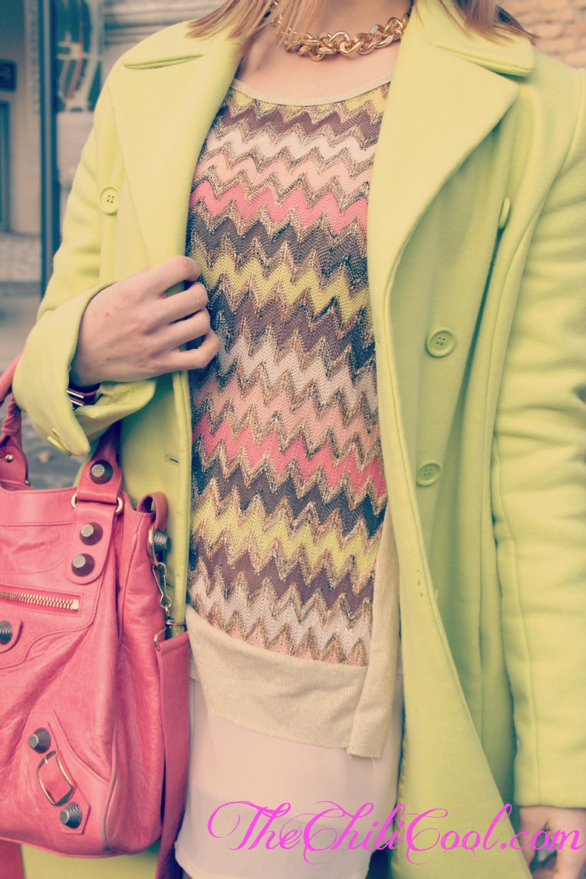 alessia milanese, thechilicool, fashion blog, fashion blogger,iper femminile in verde acido e pink, balenciaga bag