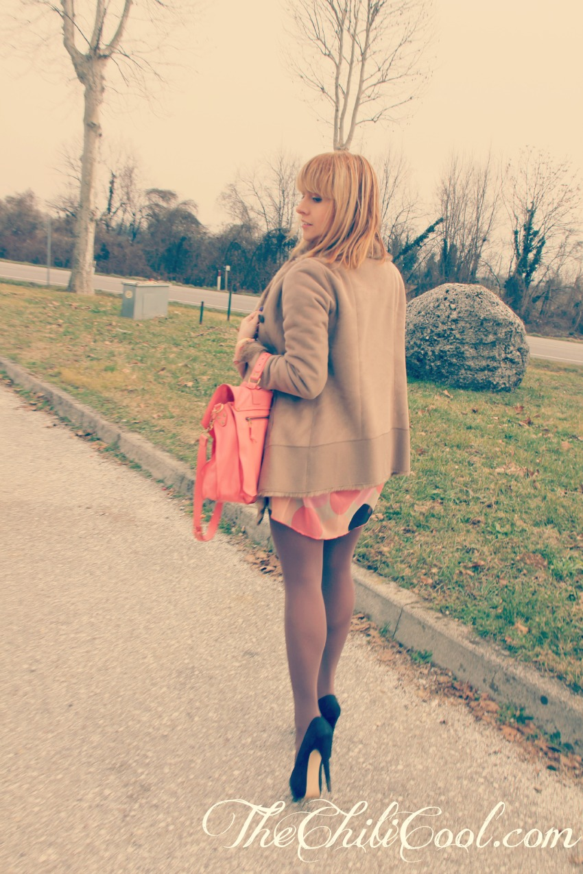 OUTFIT RETRO1 Un abitino pop, killer heels e.... ( + Esaldi.it giveaway winner )