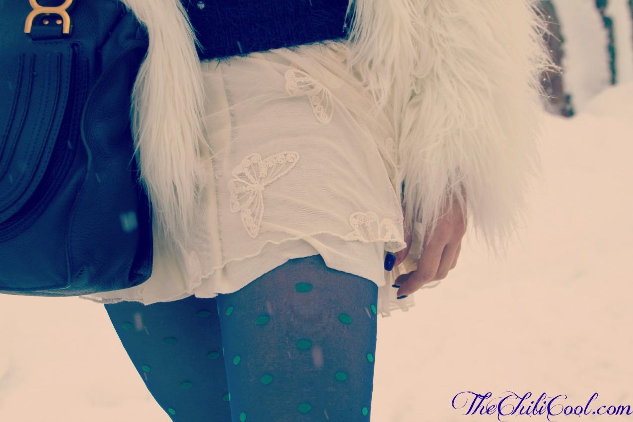 alessia milanese, thechilicool, fashion blog, fashion blogger,l'ultima neve, con un pull blu e pois bianchi, marcie bag chloe