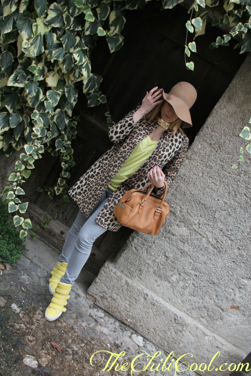alessia milanese, thechilicool, fashion blog, fashion blogger,sporty-chic in grigio, giallo ed animalier, lemarè sneakers