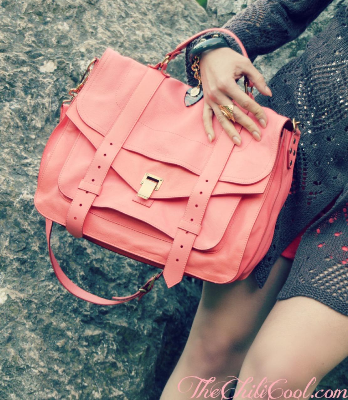 alessia milanese, thechilicool, fashion blog, fashion blogger, Calde tonalità della terra, tra bagliori dorati ed un raffinato color salmone, ps1 proenza schouler, rochas sandals