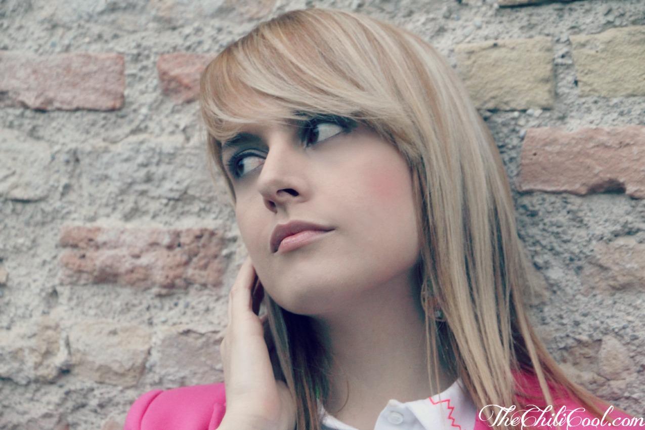 alessia milanese, thechilicool, fashion blog, fashion blogger,piccoli cenni di fluo con bianco e grigio perla, per un tranquillo mercoledì di maggio