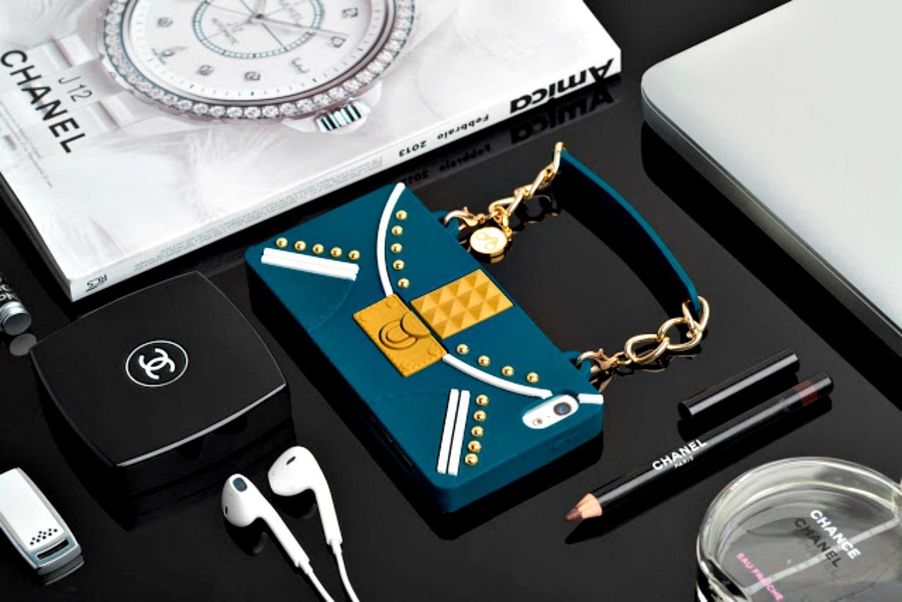 alessia milanese, thechilicool, fashion blog, fashion blogger,la nuova chic obsession delle amanti della moda si chiama oblige cover per indossare il nostro smartphone come una it bag