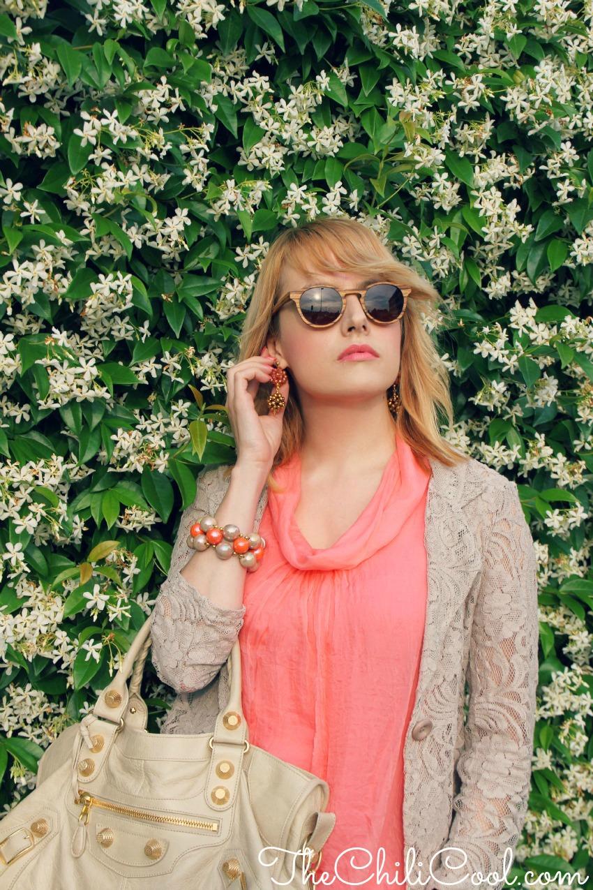 alessia milanese, thechilicool, fashion blog, fashion blogger,blazer in pizzo ed un tocco di rosa salmone ..femminilità in vesti inedite, balenciaga bag