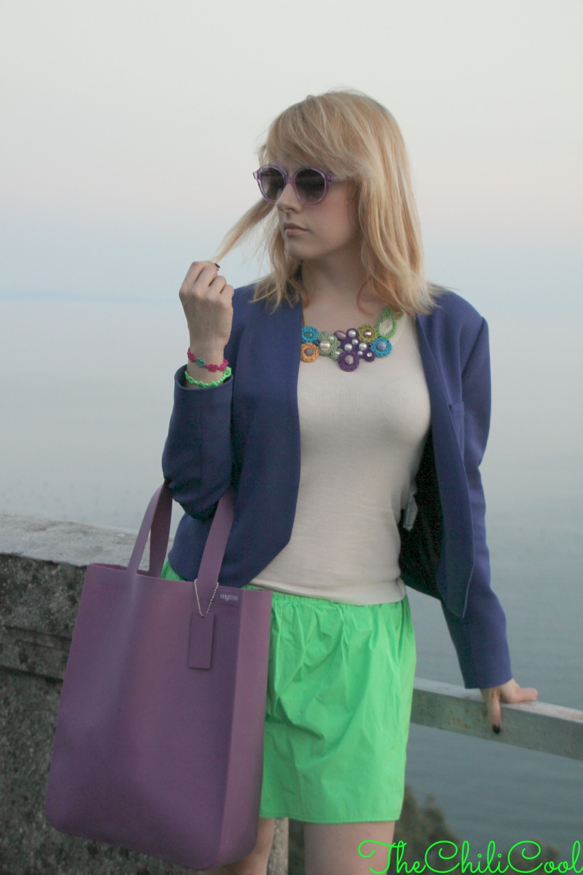 alessia milanese, thechilicool, fashion blog, fashion blogger, royal blue e verde acido nella magia di trieste al tramonto