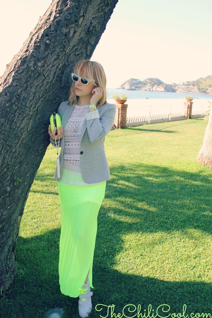 alessia milanese, thechilicool, fashion blog, fashion blogger,soave incontro cromatico tra grigio e giallo neon
