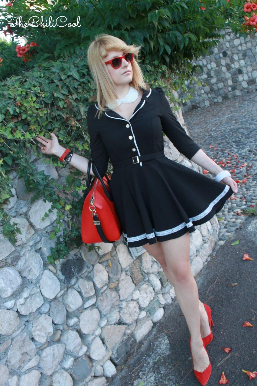 alessia milanese, thechilicool, fashion blog, fashion blogger,stile preppy rivisitato in chiave moderna con cenni di rosso deciso, antigona bag givenchy