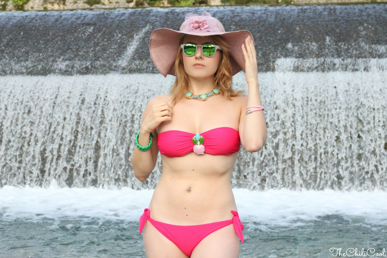 alessia milanese, thechilicool, fashion blog, fashion blogger,estate settembrina ed un bikini fucsia
