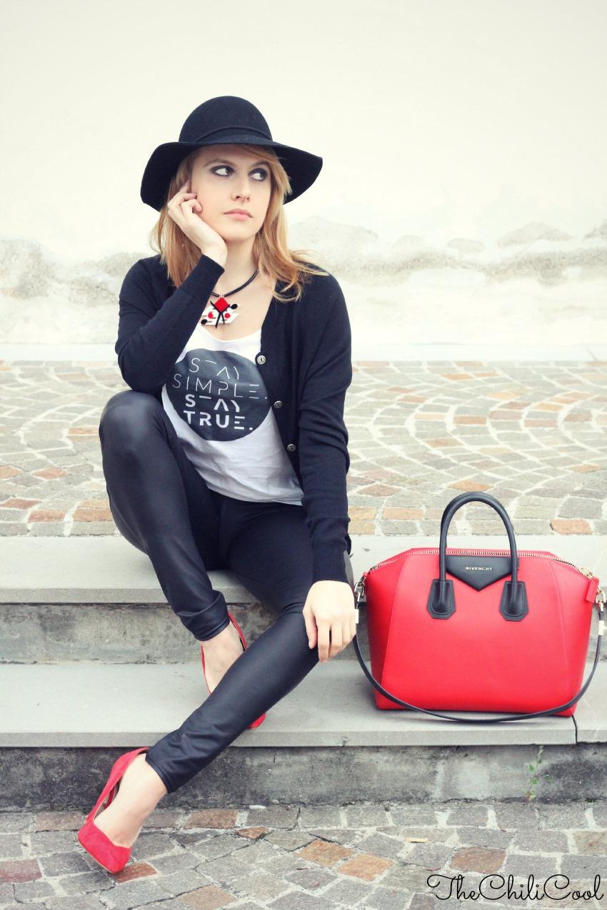 alessia milanese, thechilicool, fashion blog, fashion blogger, antigona bag givenchy
