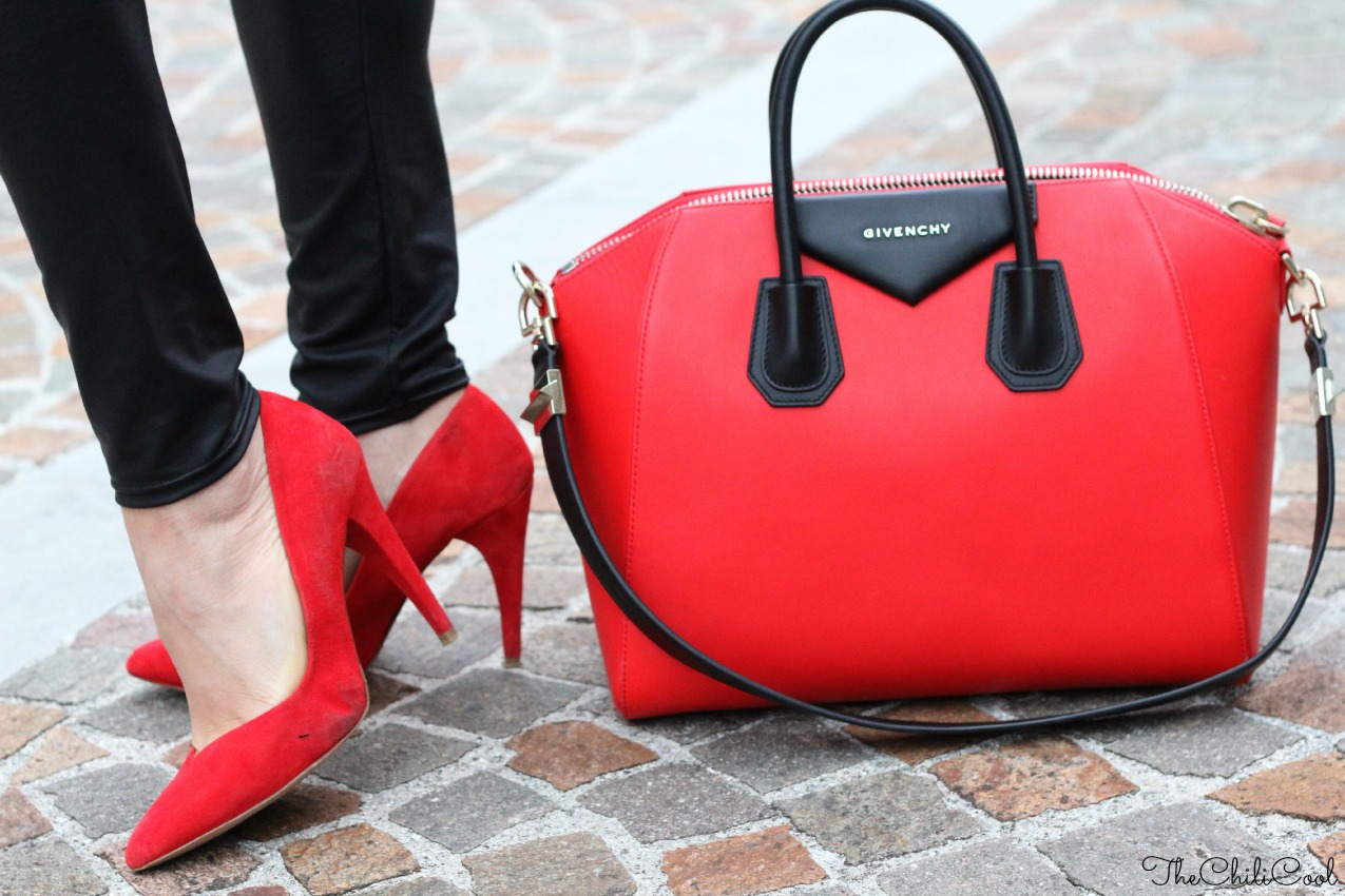 alessia milanese, thechilicool, fashion blog, fashion blogger, stay simple, stay true , antigona bag givenchy
