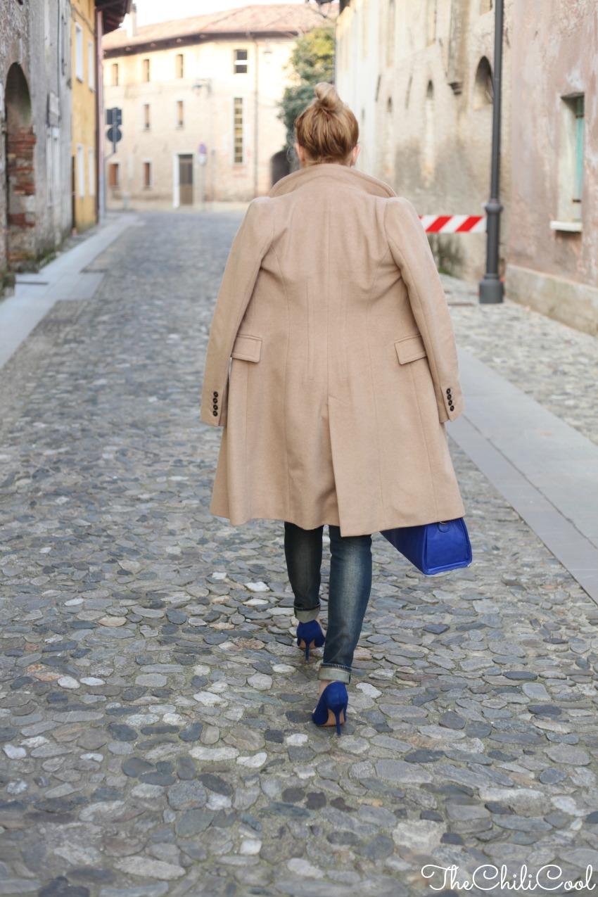 alessia milanese, thechilicool, fashion blog, fashion blogger,#2w2m #urbancharm look elegante con cappotto cammello e dettagli blu, michael kors watch