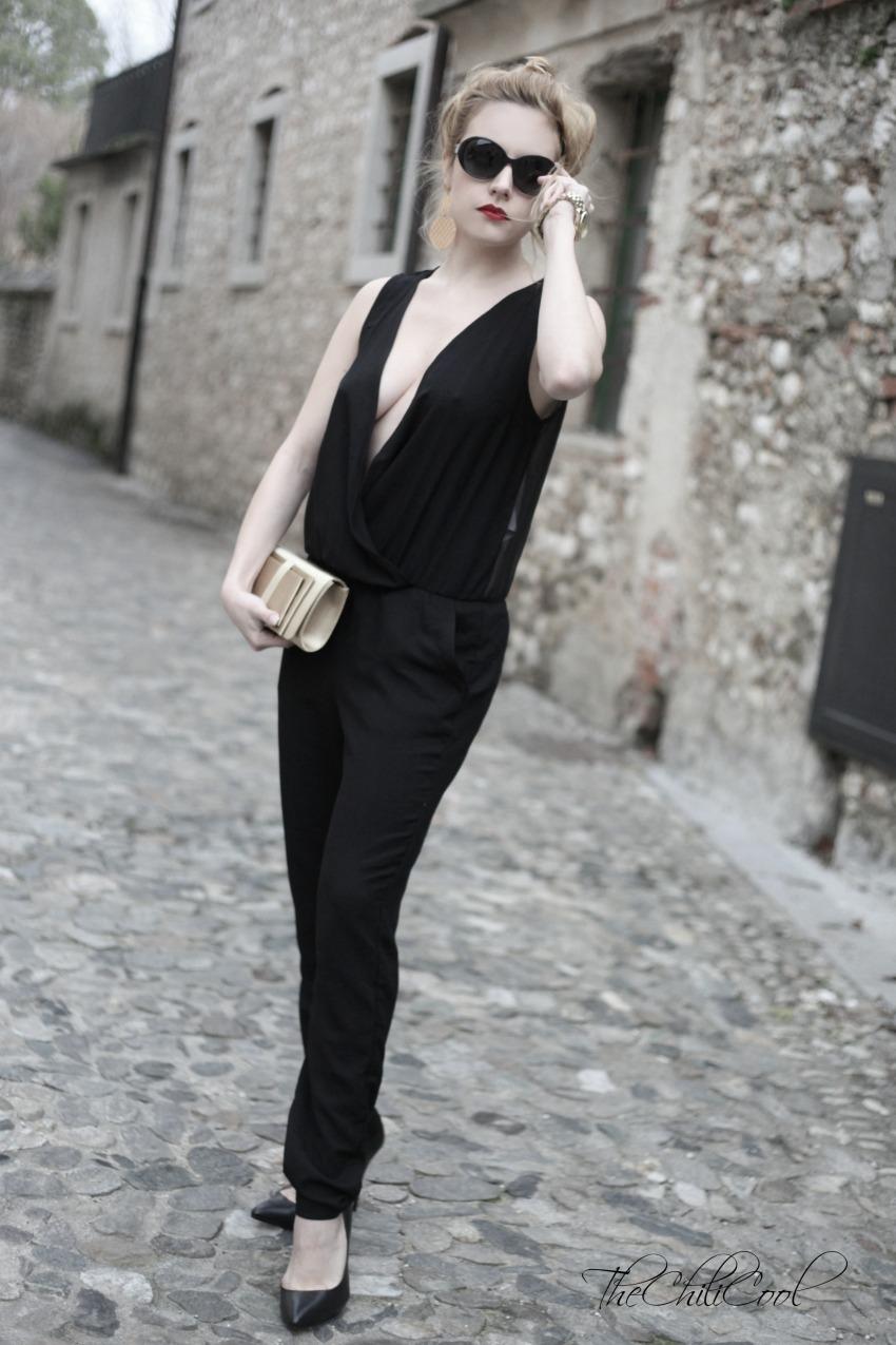 alessia milanese, thechilicool, fashion blog, fashion blogger,outfit capodanno 2013 jumpsuit nera e dettagli dorati