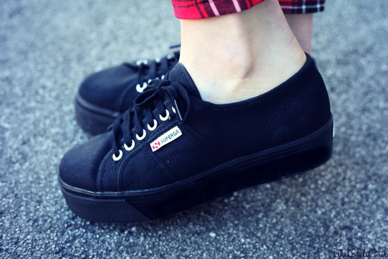 SUPERGABIZZARIA 01 Tartan & Superga flatforms