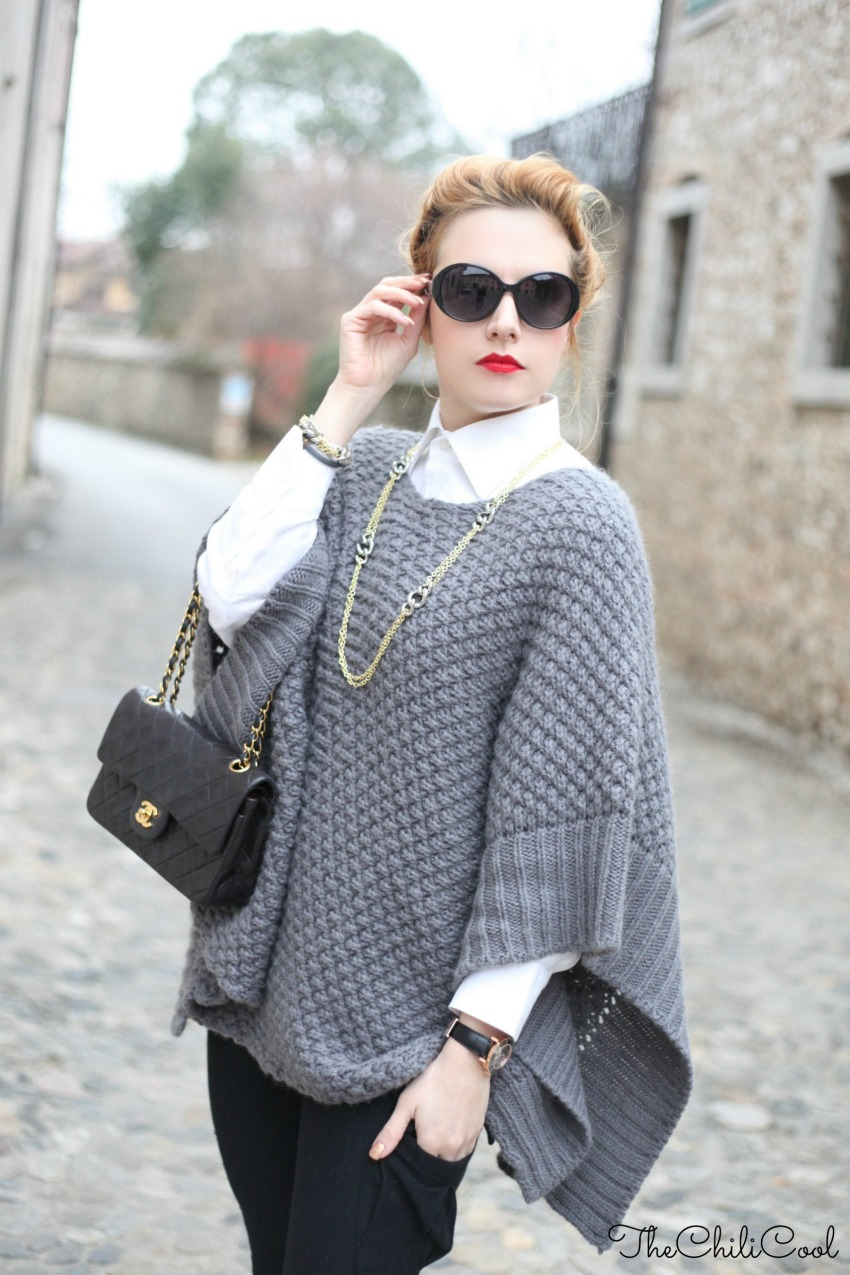 alessia milanese, thechilicool, fashion blog, fashion blogger,poncho in lana e piccoli dettagli dorati, chanel 2.55