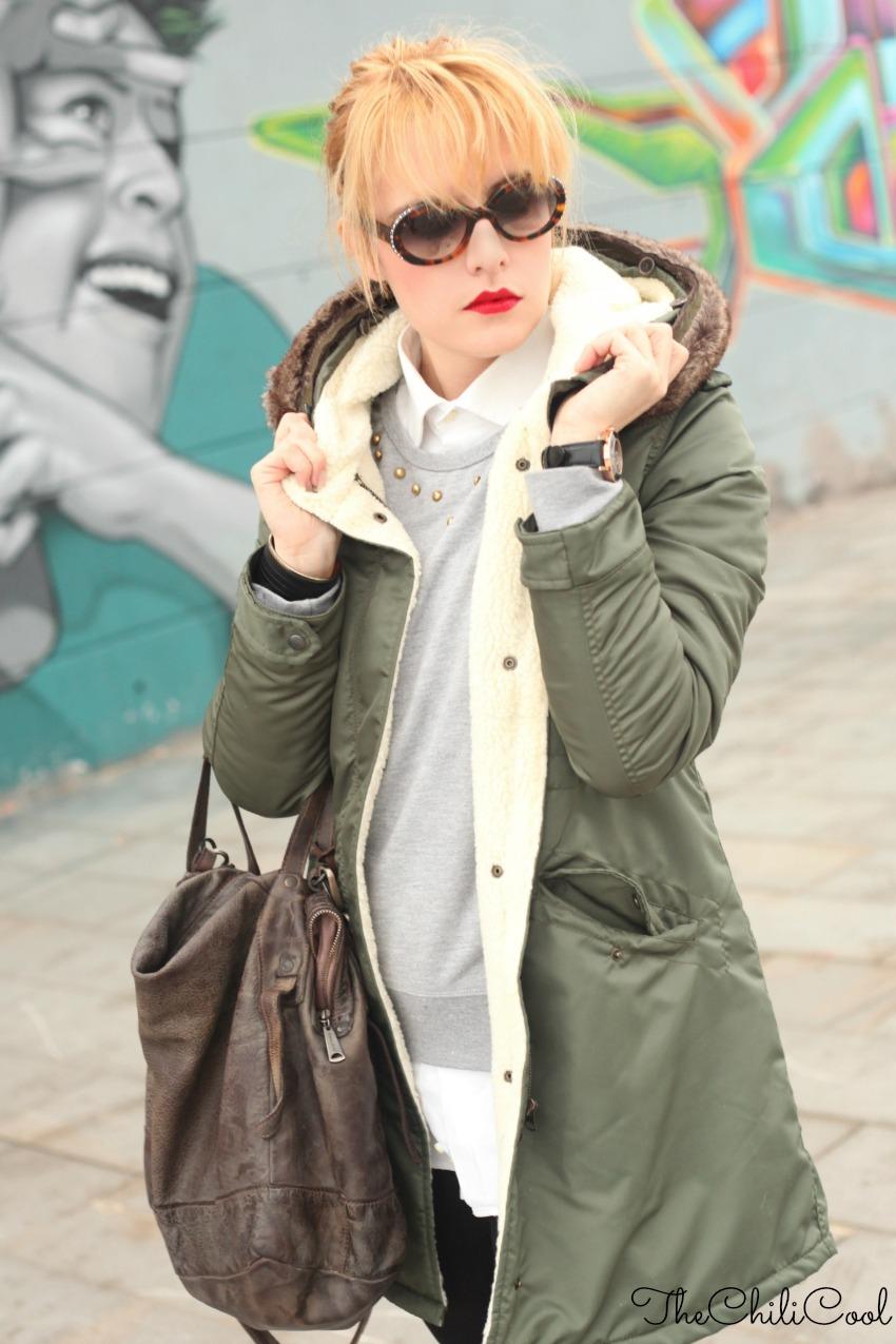 outfit per i giorni di pioggia parka e anfibi con dettagli dorati, alessia milanese, thechilicool, fashion blog, fashion blogger