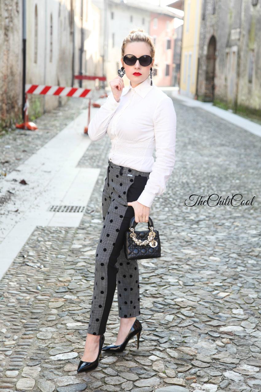 outfit elegante con pantaloni a pois, alessia milanese, thechilicool,  fashion blog, fashion