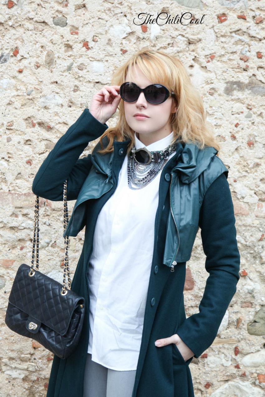 cappotto a ruota e dettagli preziosi, alessia milanese, thechilicool, fashion blog, fashion blogger , steve madden shoes