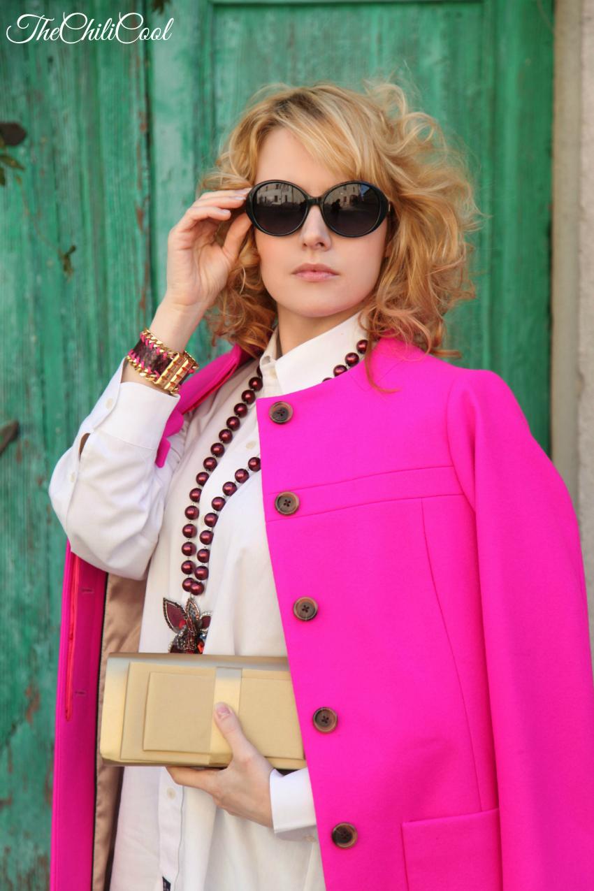 Note di colore con cappotto fucsia e dettagli dorati, alessia milanese, thechilicool, fashion blog, fashion blogger