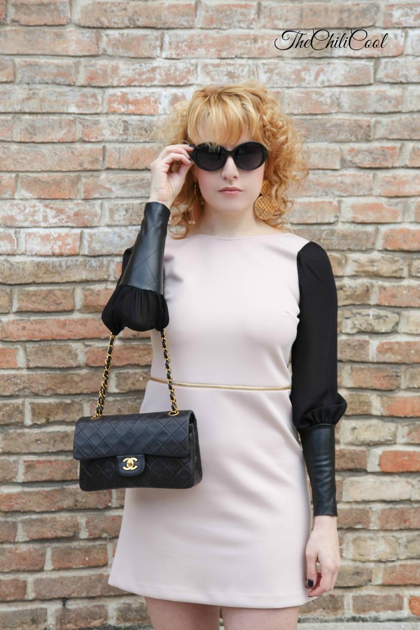 pelle nera, rosa cipria e bagliori dorati , alessia milanese, thechilicool, fashion blog, fashion blogger, chanel 2.55 bag