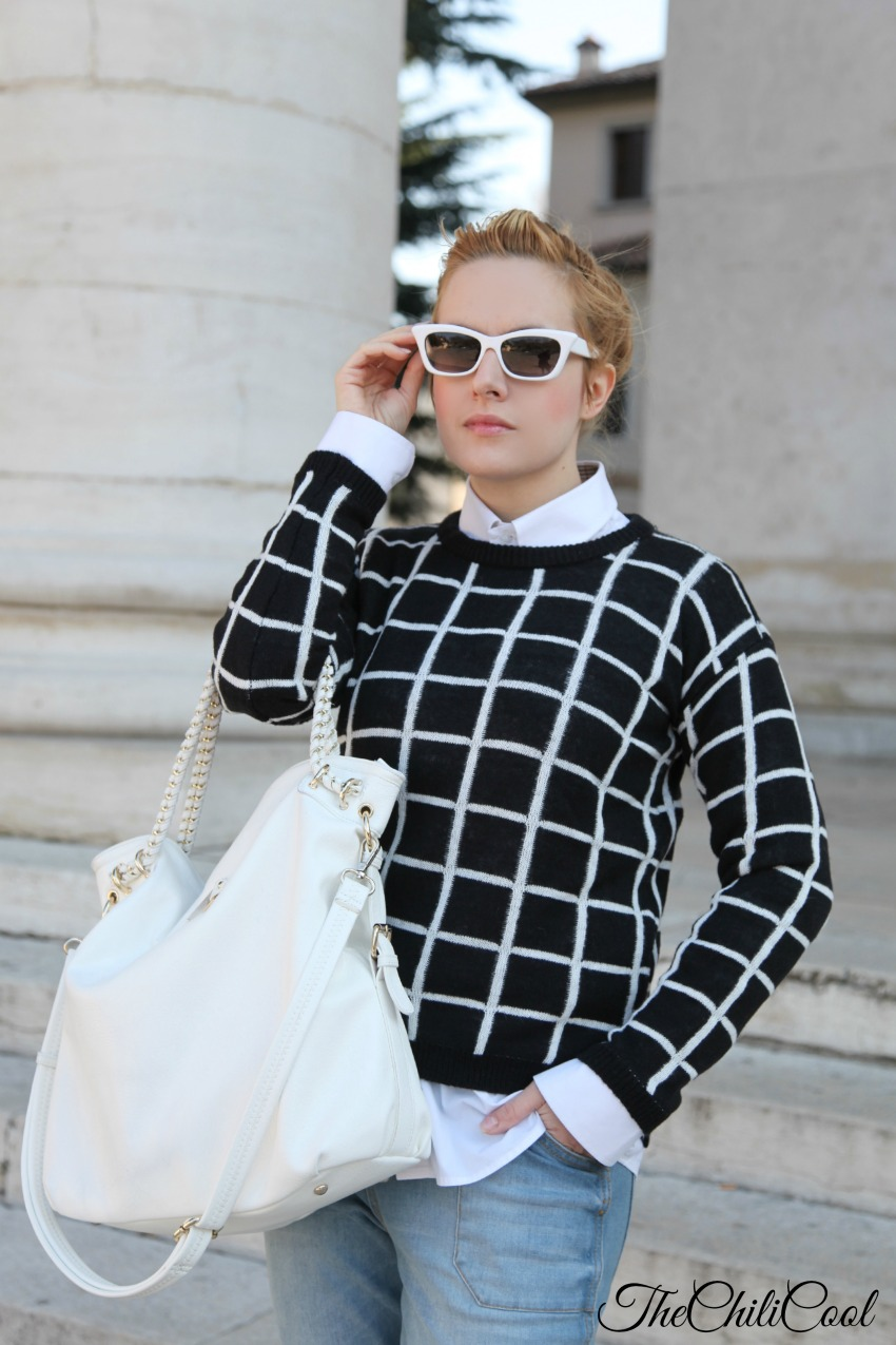 black& white series #10 pull nero e grafismi in bianco,alessia milanese, thechilicool, fashion blog, fashion blogger