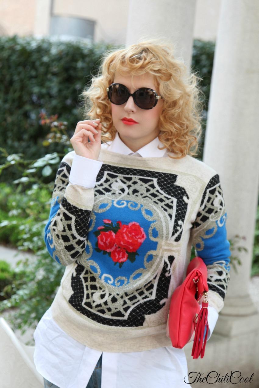 Pull beige ed azzurro e dettagli rossi - Casual Tuesday, alessia milanese, thechilicool, fashion blog, fashion blogger