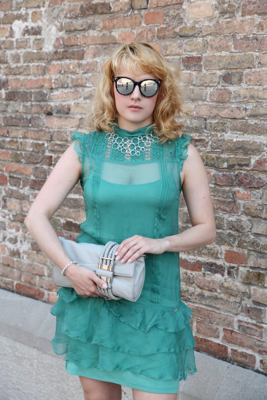 Abitino verde smeraldo e bagliori silver, alessia milanese, thechilicool, fashion blog, fashion blogger, athena gioielli