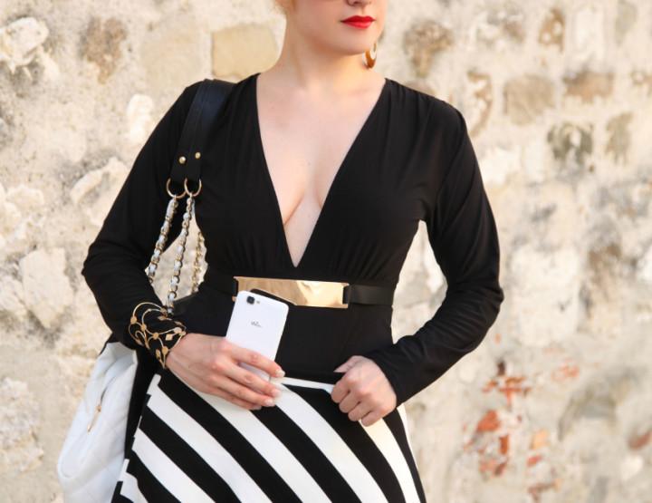 Black & White series #17: the striped skirt