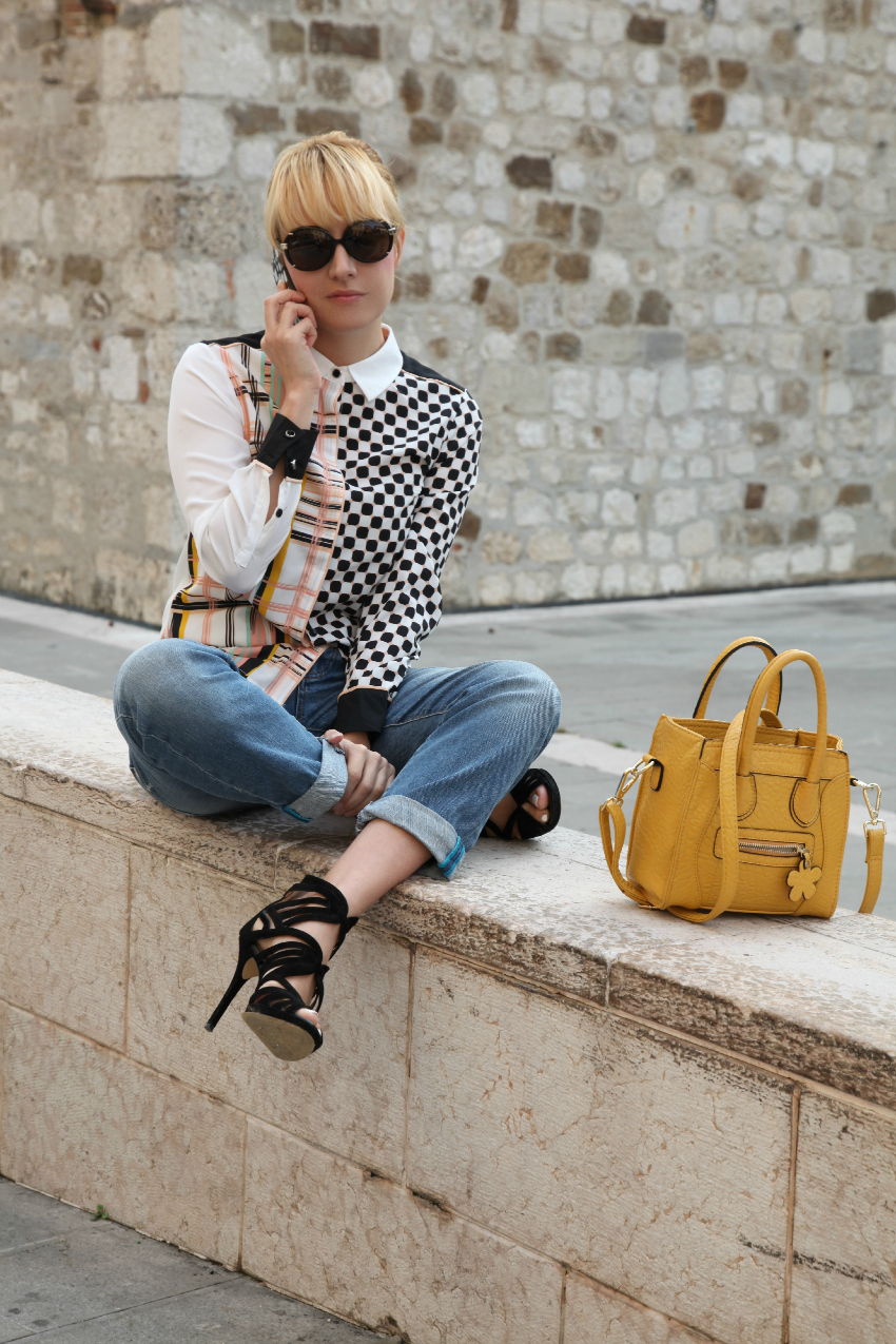 Blusa a fantasia + boyfriend jeans - casual friday, alessia milanese, thechilicool, fashion blog, fashion blogger, sodini bag