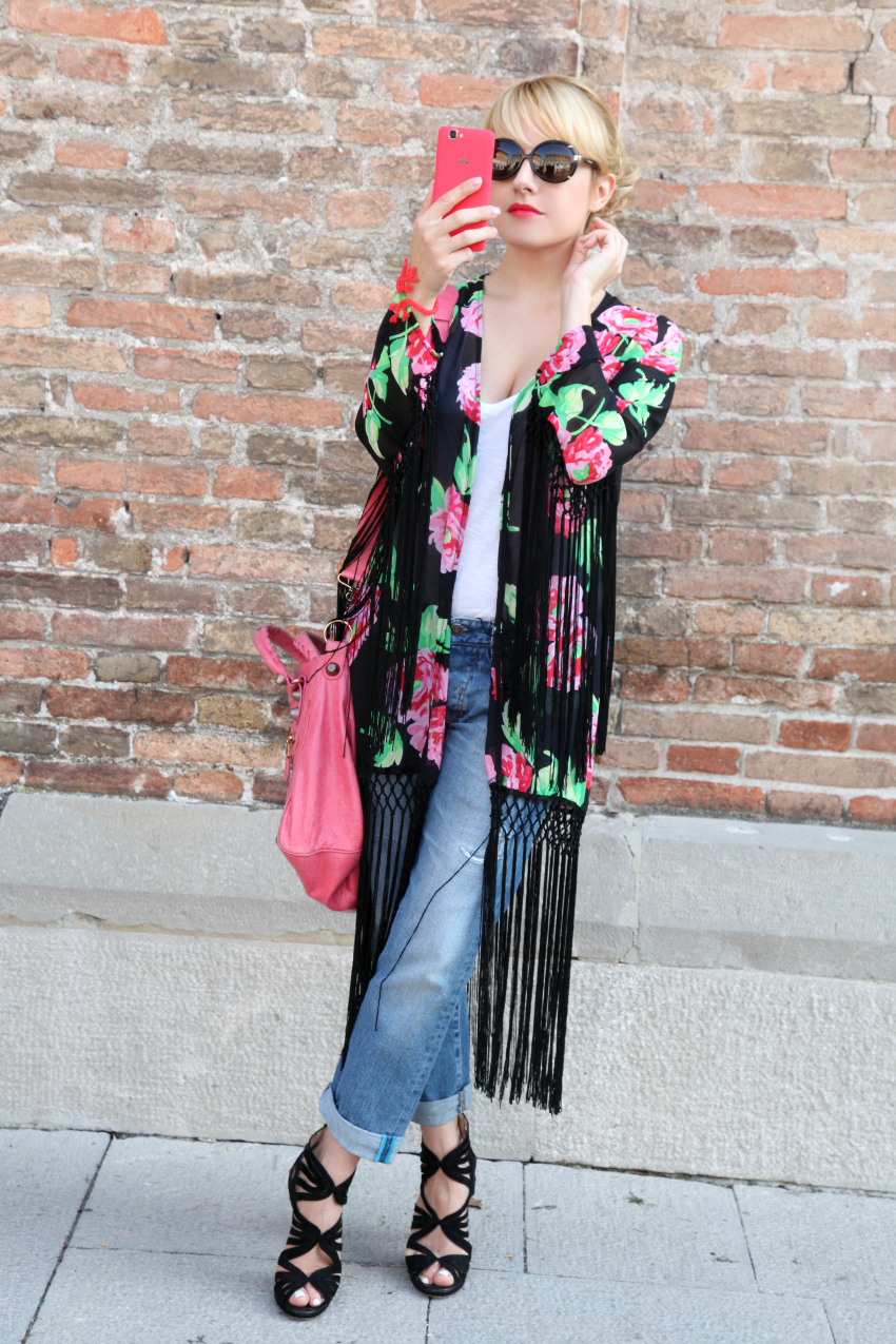 fringed kimono, alessia milanese, thechilicool, fashion blog, fashion blogger, balenciaga bag