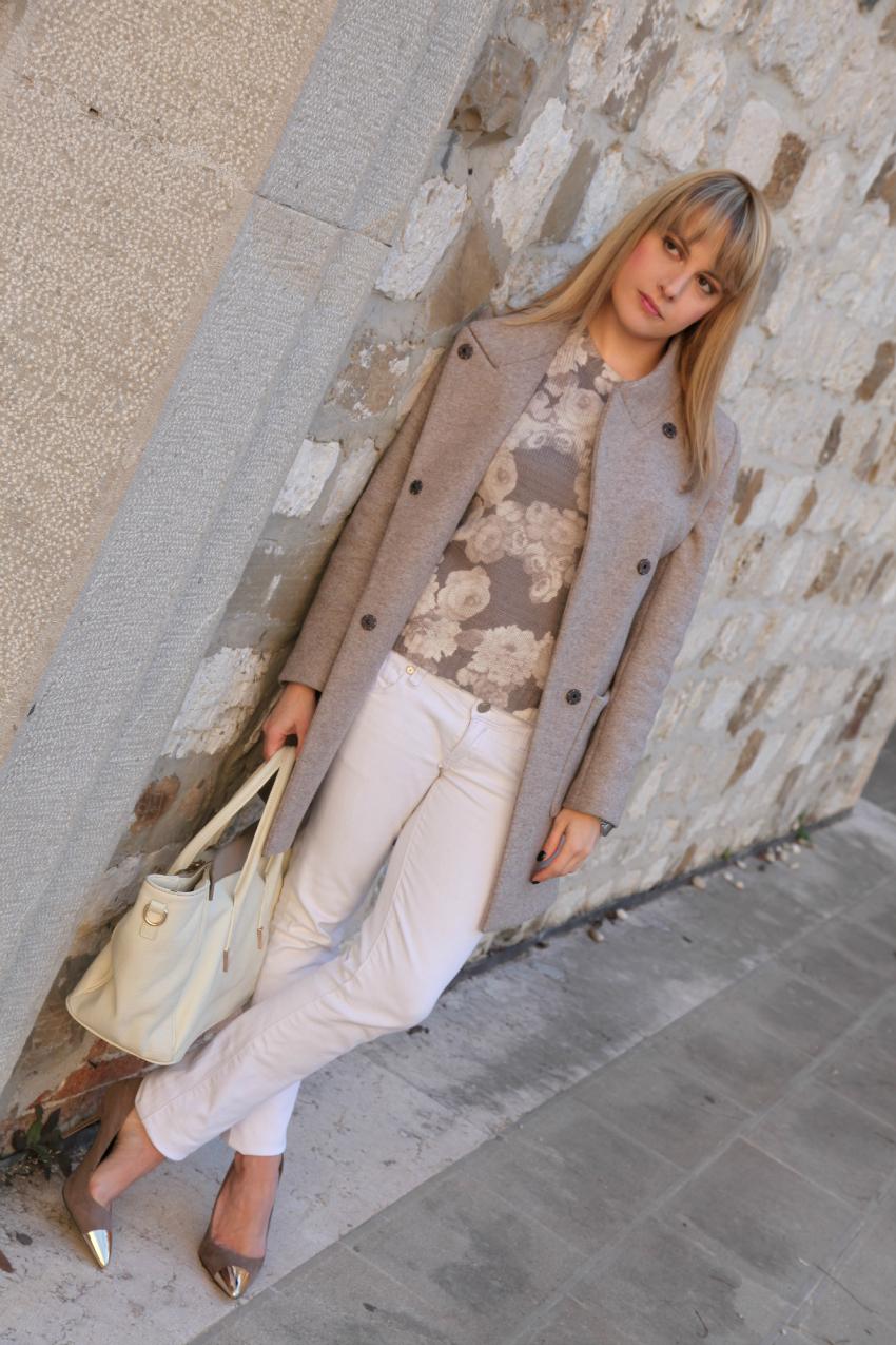 Istanti perfetti, il grigio ed un orologio prezioso, alessia milanese, thechilicool, fashion blog, fashion blogger, peserico cappotto, borsa v73
