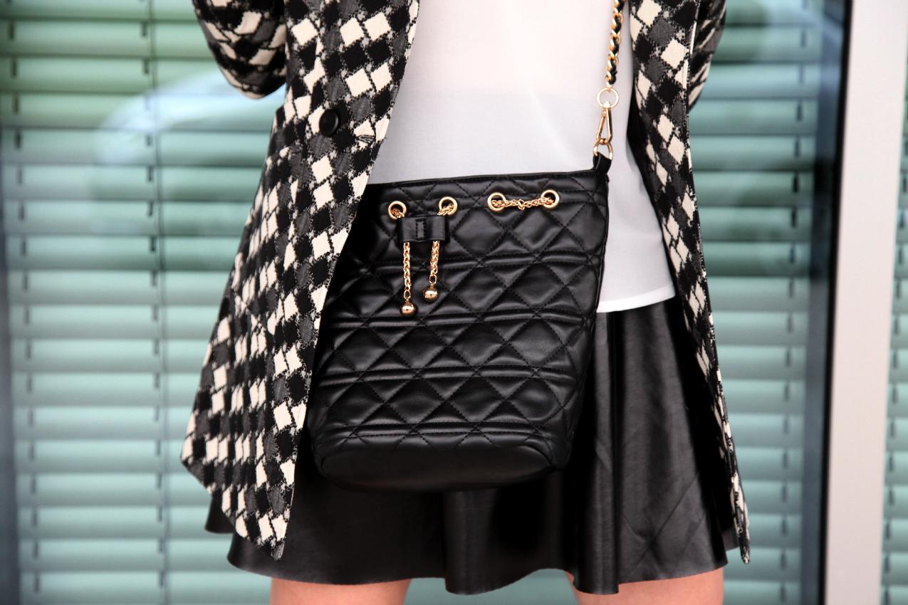 Del bianco e nero e di altri sogni, alessia milanese, thechilicool, fashion blog, fashion blogger, h2o italia