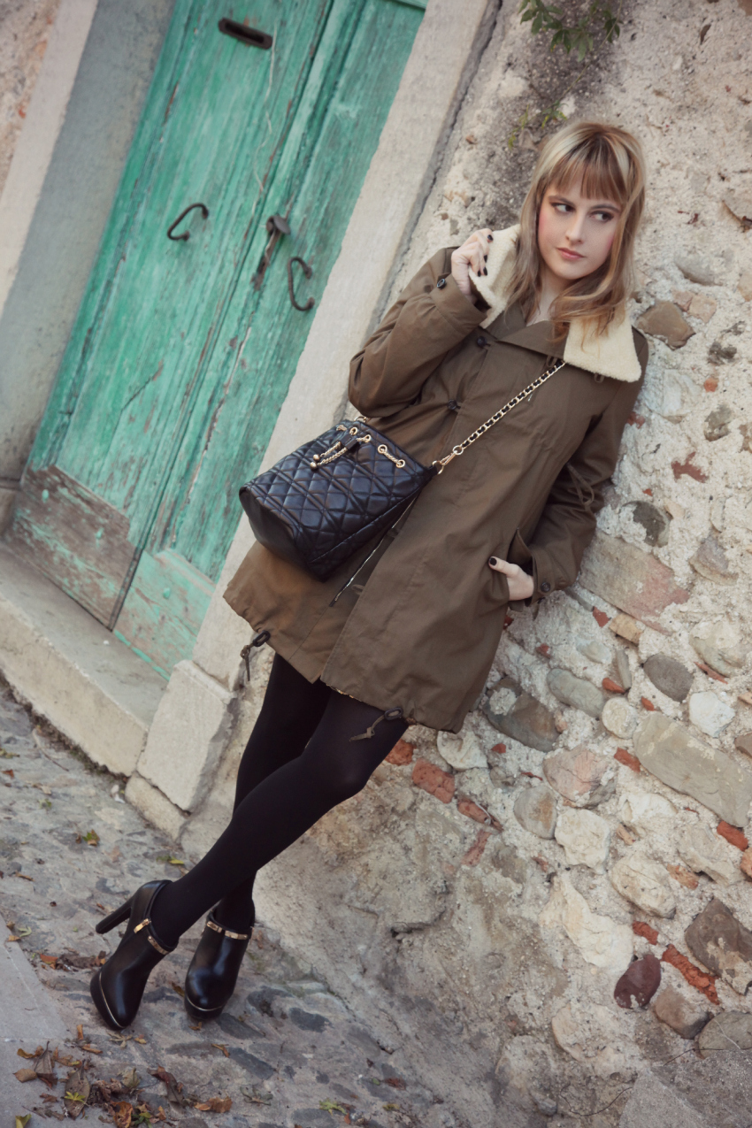 Parka & paillettes - casual look del Martedì, alessia milanese, thechilicool, fashion blog, fashion blogger