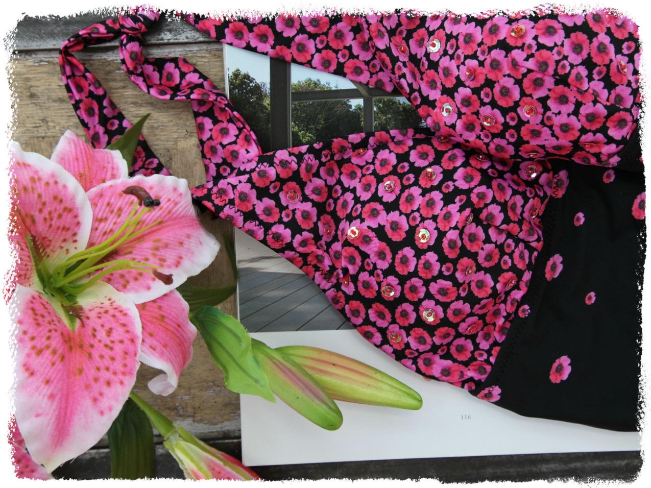 Di sole e d'azzurro: scarpe, costumi floreali e bijoux per un giugno all'insegna dello stile, alessia milanese, thechilicool, fashion blog, fashion blogger, aldo shoes, aeronautica militare,, doppini gioielli, bikiniworld
