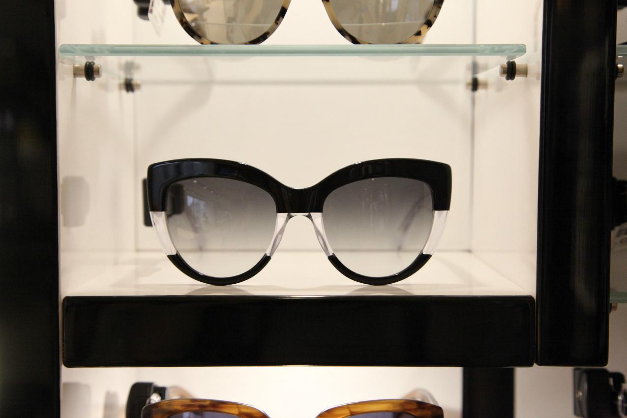 Sensazioni,desideri, realtà....un'estate da vivere con i sunglasses di Salmoiraghi & Vigano, alessia milanese, thechilicool, fashion blog, fashion blogger, jimmy choo sunglasses