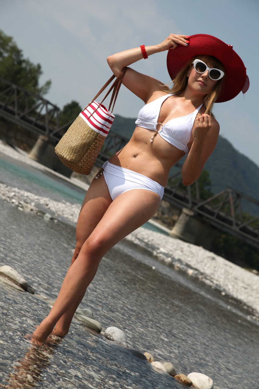 Un bikini color latte ed un lunedì d'estate, alessia milanese, thechilicool, fashion blog, fashion blogger, lidl collezione see you in athens