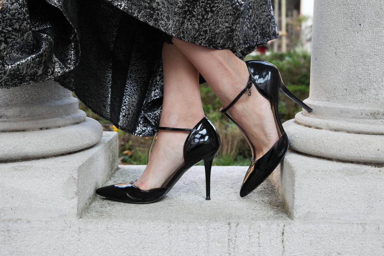 Nero, polvere di stelle e pelle, alessia milanese, , thechilicool, fashion blog, fashion blogger ,