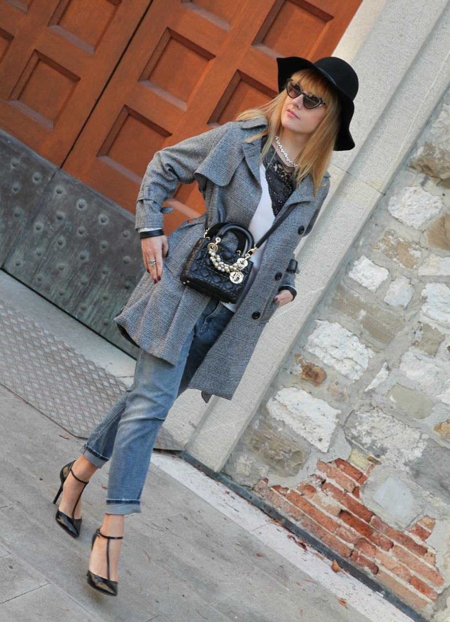 Un cappotto grigio, e la magia dell'amore, alessia milanese, thechilicool, fashion blog, fashion blogger, lady dior