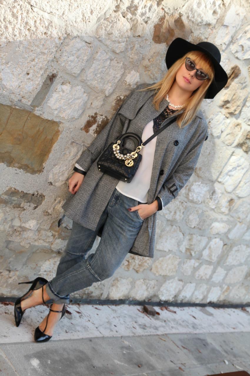 Un cappotto grigio, e la magia dell'amore, alessia milanese, thechilicool, fashion blog, fashion blogger, lady dior