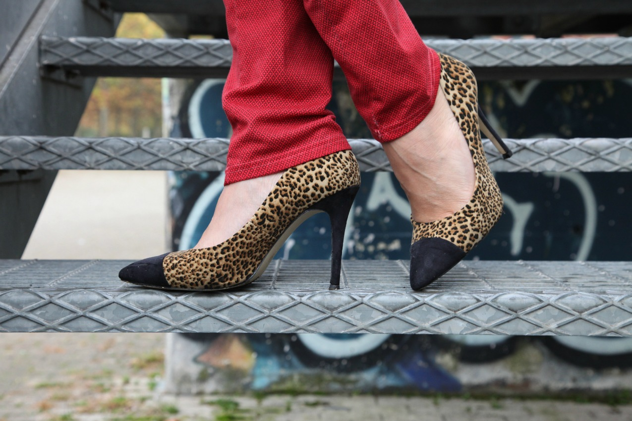 Rosso, nebbia e sguardi sul mondo, alessia milanese, thechilicool, fashion blog, fashion blogger, praio jeans