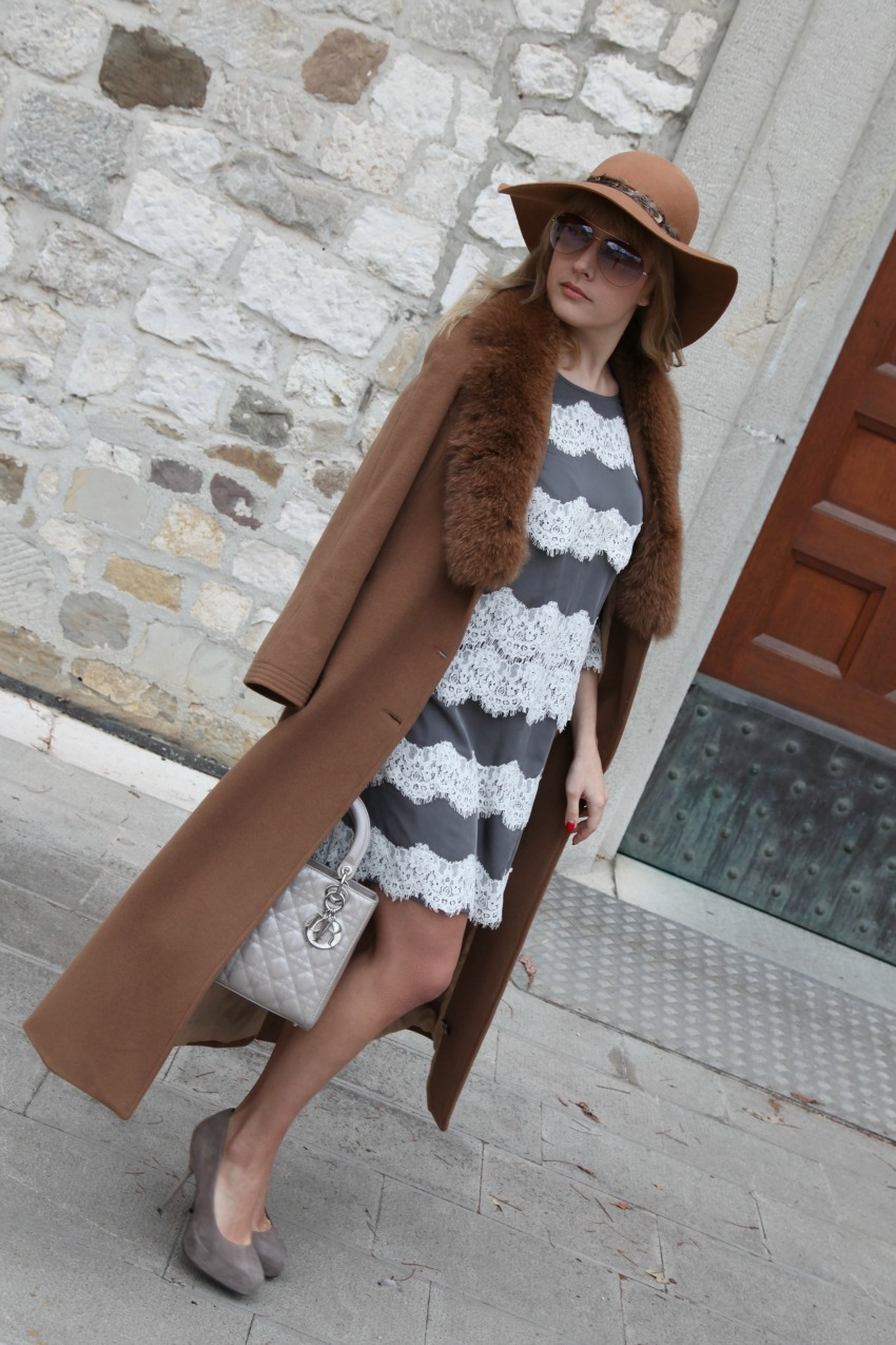 Segui il vento. Storie di sogni, cappotti color cammello ed abiti in pizzo, alessia milanese, thechilicool, fashion blog, fashion blogger