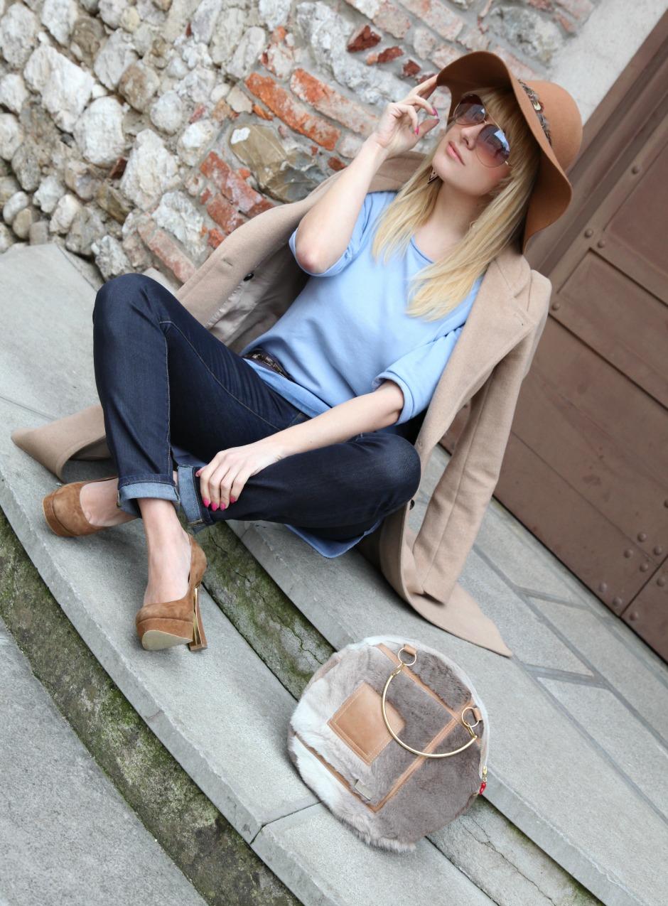 L'azzurro di certi cieli ed il vortice del lunedì, alessia milanese, thechilicool, fashion blog, fashion blogger, risskio, mnchili jewel bag
