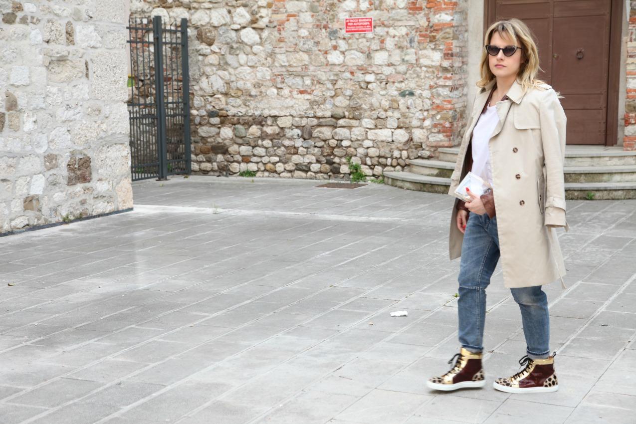 Notti vissute, lampi dorati e storie di pelle, alessia milanese, thechilicool, fashion blog, fashion blogger, design italian shoes
