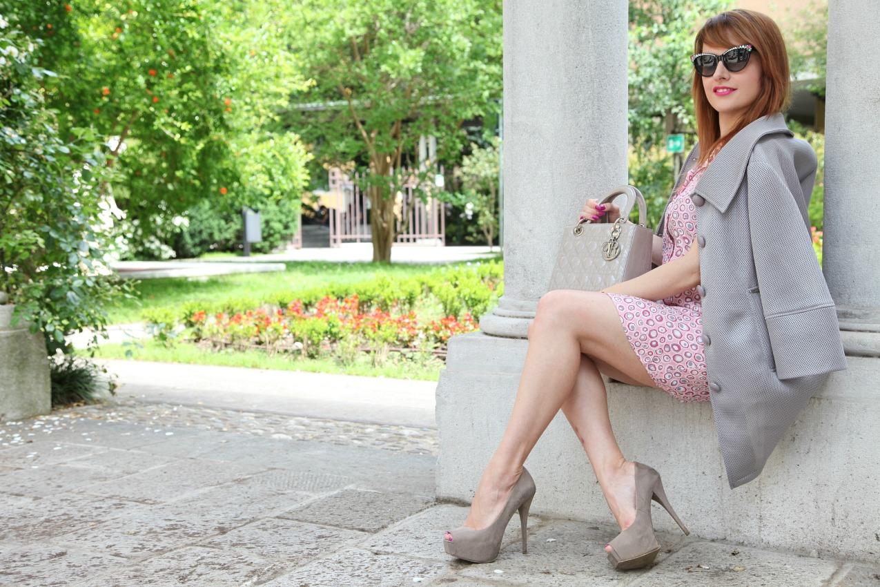 Storie di rosa e sole fra le trame del tessuto, alessia milanese, thechilicool, fashion blog, fashion blogger, lady dior bag