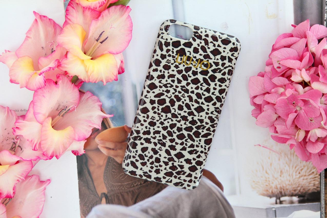 Scent of summer: beauty tips e dettagli in rosa, alessia milanese, thechilicool, fashion blog, fashion blogger, trussardi profumi
