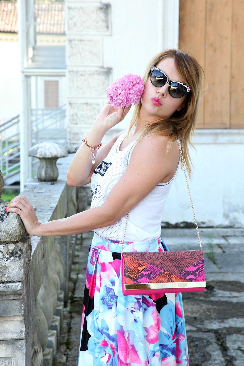 Fiori, una giovane donna ed un Martedì di Agosto, alessia milanese, thechilicool, fashion blog, fashion blogger